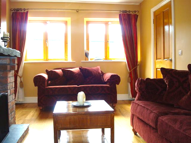 The Hen House, Living Room, Decoy Country Cottages, Luxury self catering accommodation in Meath