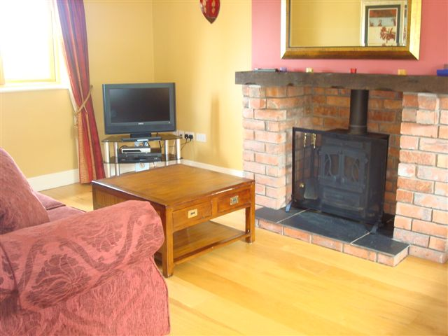 Decoy Country Cottages, The Stables living room, luxury accommodation in Meath