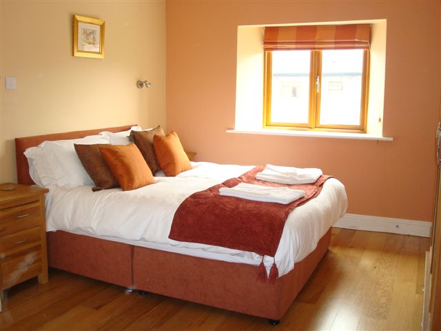 Decoy country Cottages - The Stables bedroom 1, luxury accommodation in Meath
