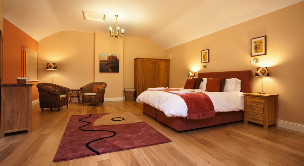 The Tack room Bedroom, Decoy Country Cottages, Luxury self catering accommodation in Meath